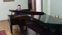 Вазген Вартанян выступил в Ивановке с новой программой