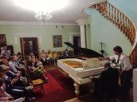 В Ивановке прошел концерт Сандро Гегечкори